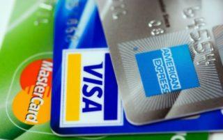 Aceptamos tarjetas bancarias de crédito y débito